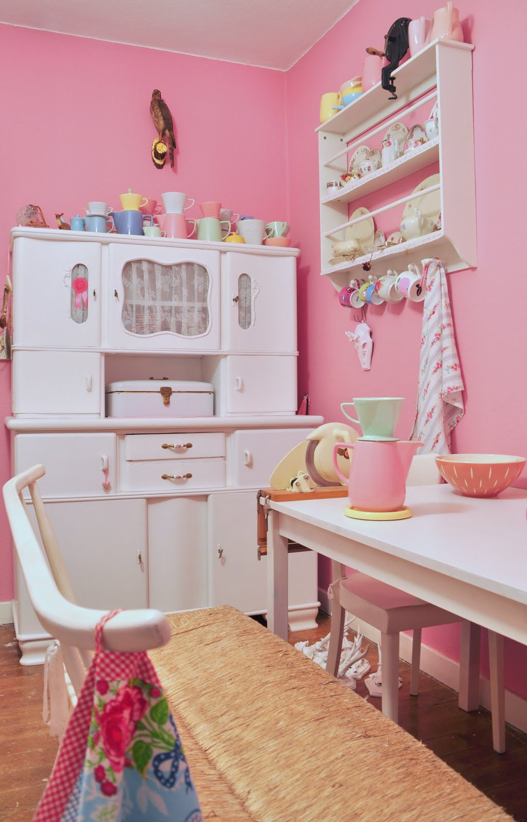 Pastellfarben Wand Wohnzimmer: Img helle freude mit cremigen gruen ...
